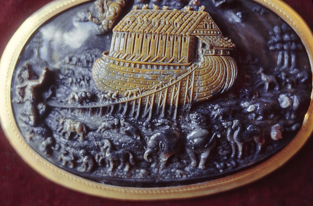 Allessandro_Masnago_-_Cameo_with_Noah's_Ark_-_Walters_421447